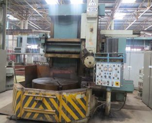 TOS SKJ 12A Vertical turning lathe