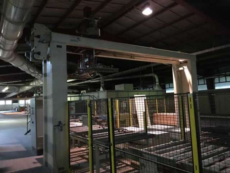 Automatic unstacker stacker