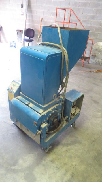 Conair LP-1016, Granulator