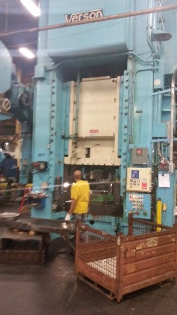 Verson SINGLE POINT PUNCH PRESS 1500 Ton