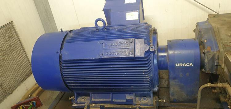4 Uraca KD725 High Pressure pump + motor