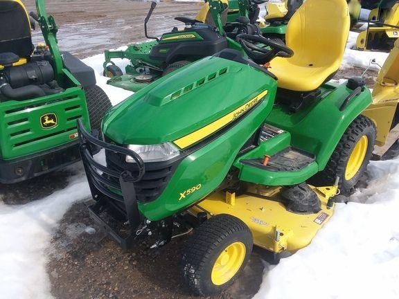 John Deere X590 Lawn & Garden Tractors