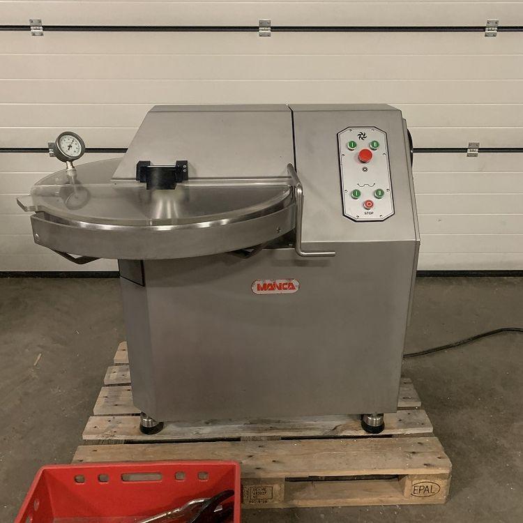 Mainca CM40 upright cutter