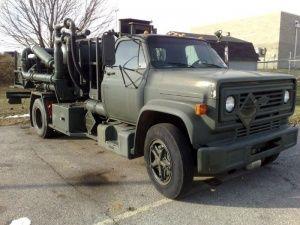 Tri State Aircraft Refueler/ Defueler Pump Truck