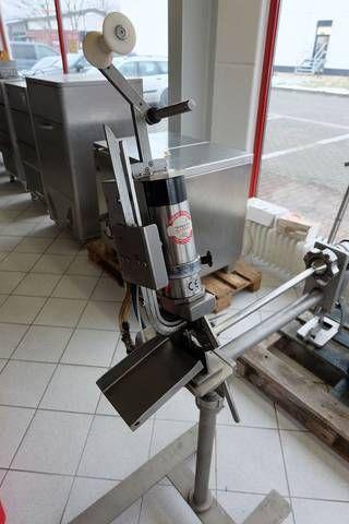 Tipper Tie TAN Automatic single-clipper