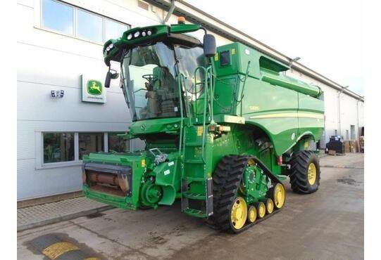 John Deere S685I Combine harvesters