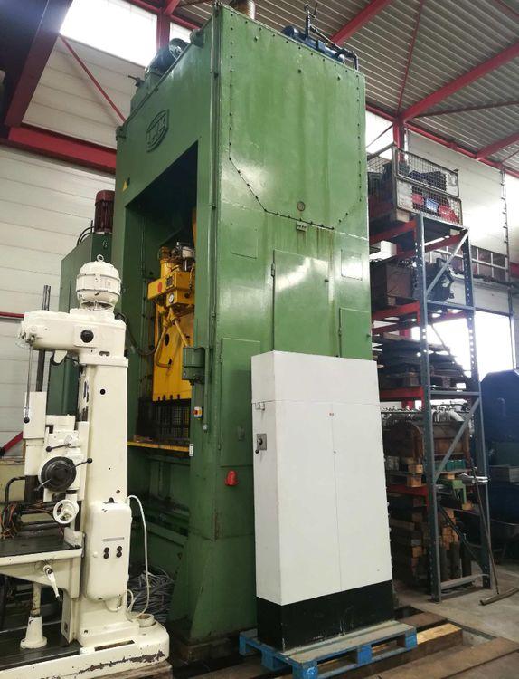 Iwk PKZZRR 250/2050 250 Ton