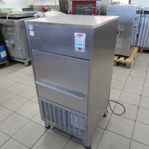 Maja SA 70 EL ice machine