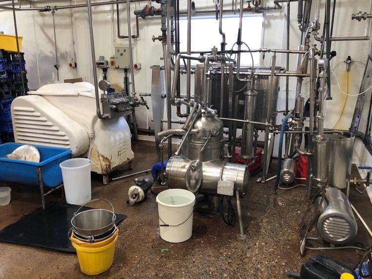 APV 3,000 Litres / hour Milk Processing Plant