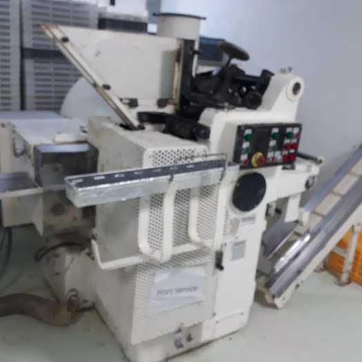 Aquarius RLM-2  Ball Lollipop forming and wrapping line