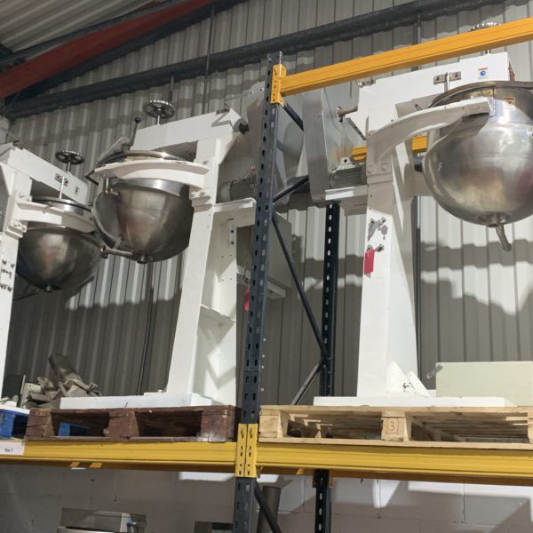 Bottom outlet Steam pans