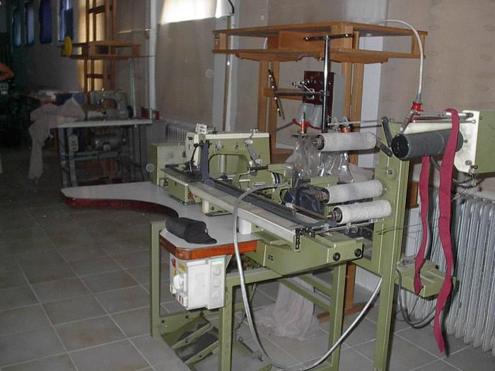 Rimoldi sewing and linking machine