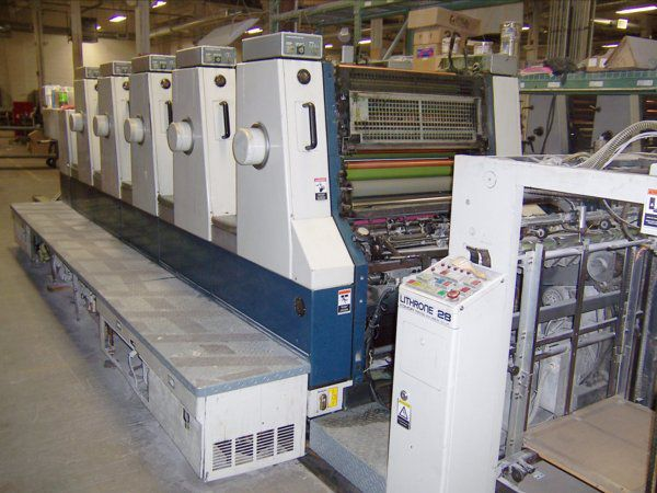Komori L528, 5 colors Offset machine 52 X 72 Cm