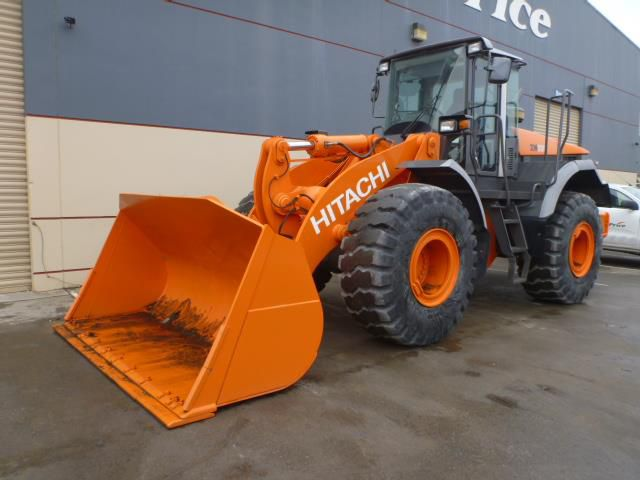 Hitachi ZW220 Wheel Loaders