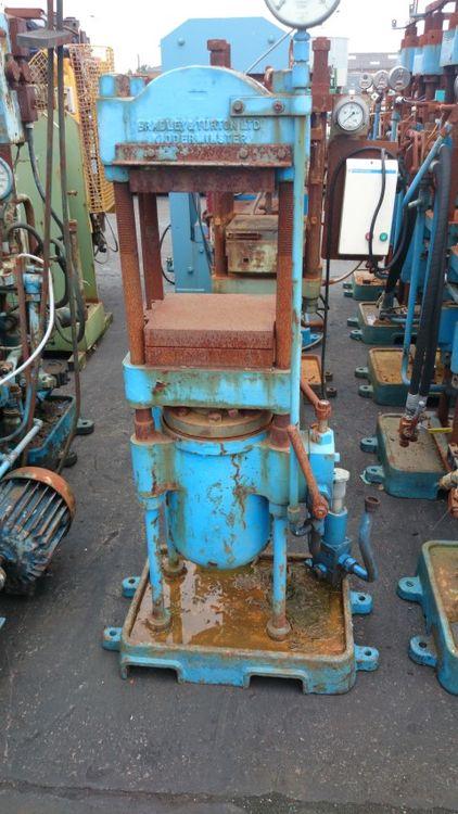 Bradley & Turton 70 Ton Press