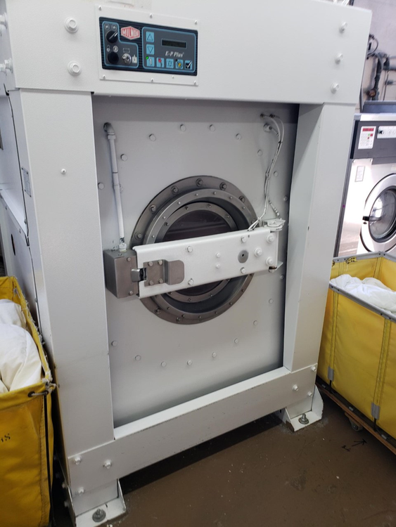 Milnor 36026X8J 100lb Softmount Washer