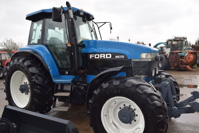 Ford, New Holland 8670 TA