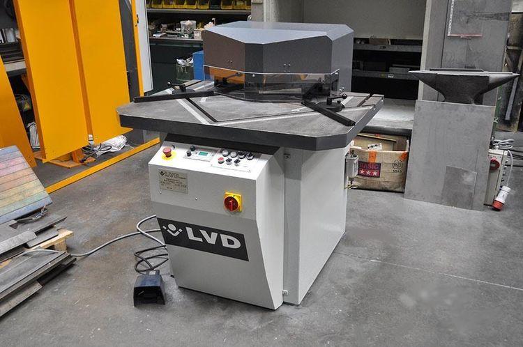 LVD VAR 250/6 (variable)