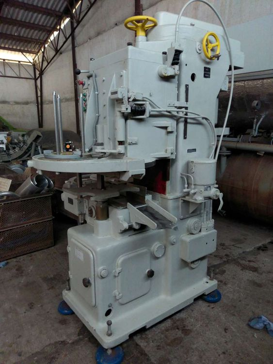 Other GVA 273 seaming machine