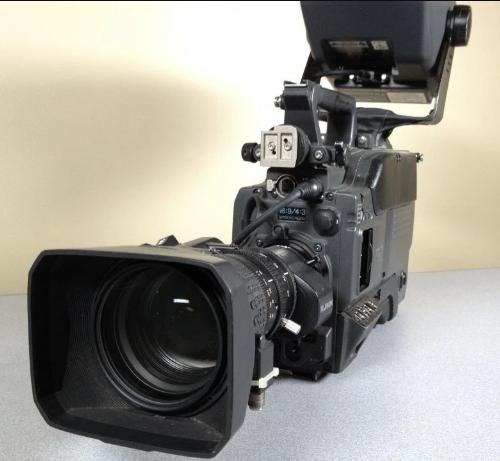 Sony DXC-D55WS - CA-TX50/CCU/RCP/VF/20X/RR CNTRLS Camera