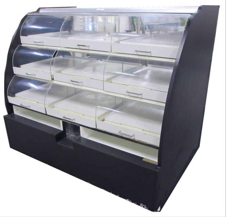Structural Concepts Curved Dry Bakery Case