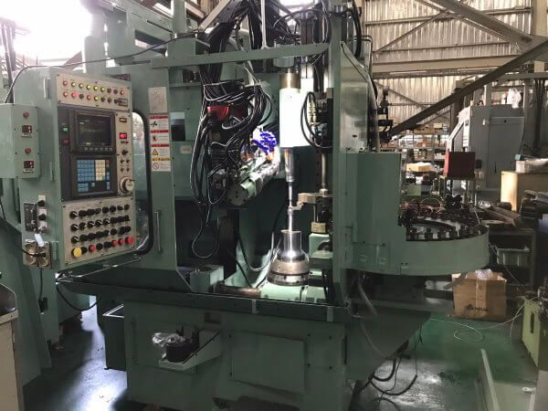 Kashifuji KN-150 850 rpm 5 Axis CNC Hobbing Machine (JAPAN KASHIFUJI)