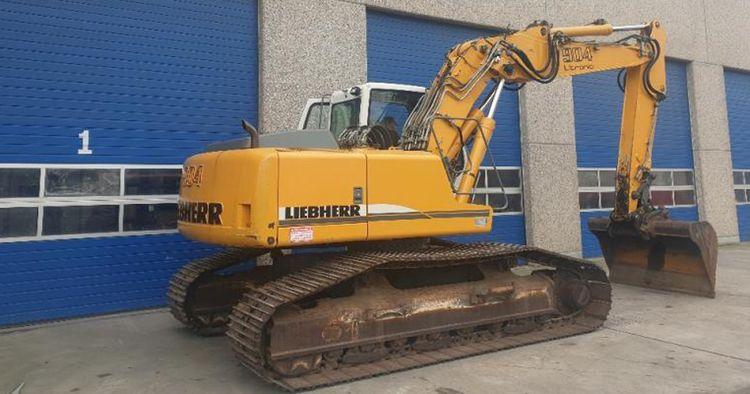 Liebherr R904C Excavator