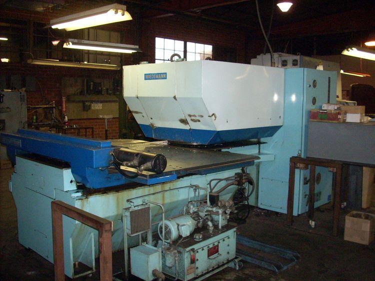 Weidemann Centrum 1000 Turret Punch Press