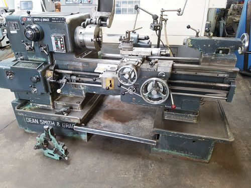 STRAIGHT BED CENTRE LATHE