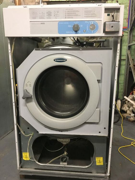 Wascomat W655 65lb Washer Extractor