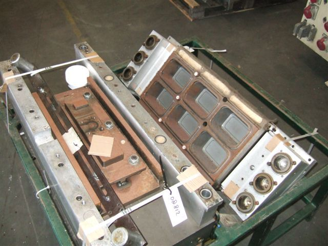Illig RDM 70, 6 cavity cup thermoform mould