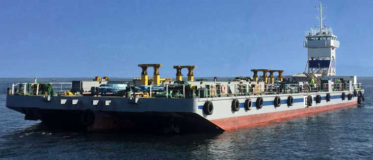 Self Propelled Deck Barge w/ DP1 Max  1220 Ton