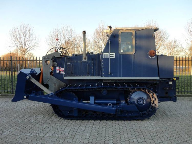 Clayton M3 Salvage launch tractor