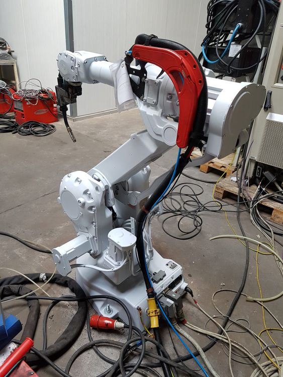 ASEA Brown Boveri (ABB) IRB 2400/10 B, 2 robots in a set 6 Axis 12 kg