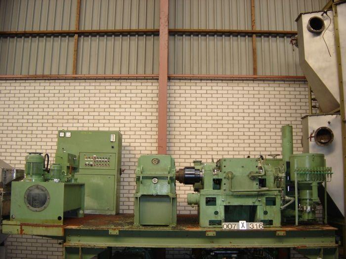 Werner & Pfleiderer LH-20 - Internal mixer