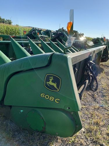 John Deere 608C Corn And Row Crop Headers