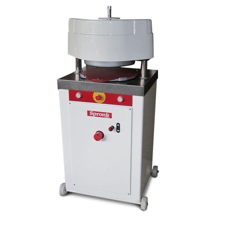 WP Rotamat CN dividing moulder