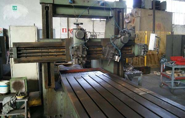 Carnaghi Planing Machine - Double Column  Variable