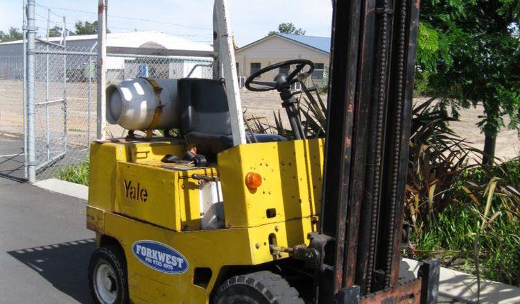 Yale GP030 1500kg