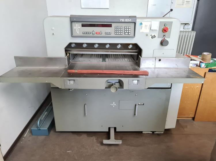 Polar 76 EM, Paper cutting Machine