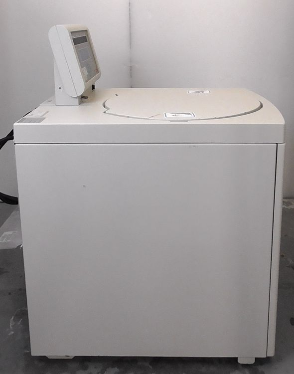 Beckman Coulter Avanti J-20 XPI Centrifuge with Optional Rotor