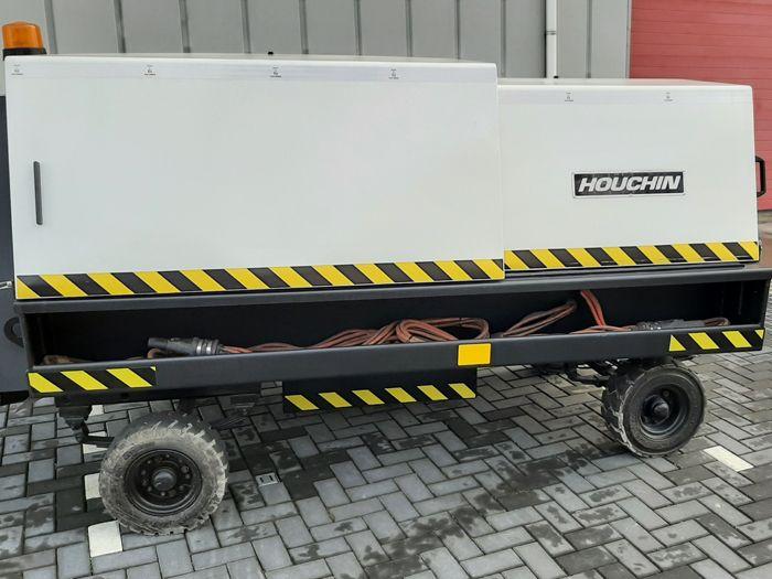 Houchin C690 100 KVA + 28VDC