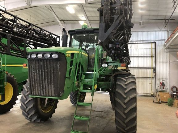 John Deere Self-Propelled Sprayers