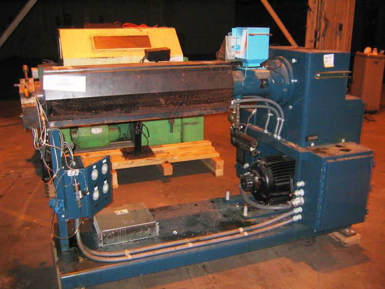 T E C 200 HE400-1, Extruder
