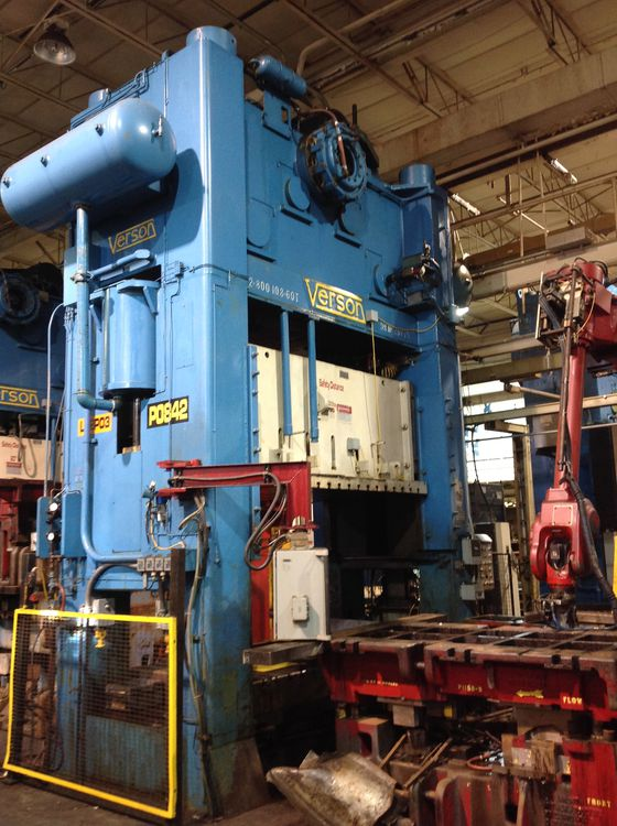 Verson S2-800-108-60T 800 Ton