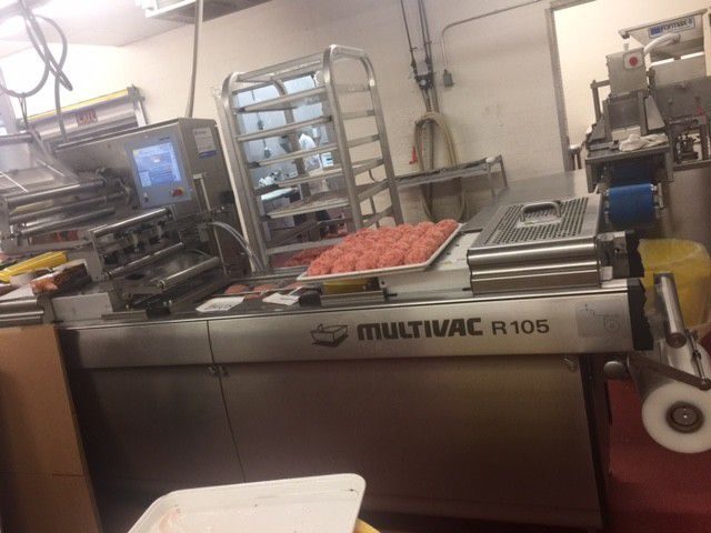 Multivac R105 vacuum machine