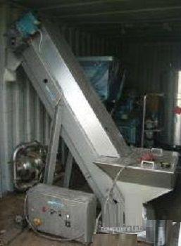 Riley Slatted Belt Inclined Conveyor
