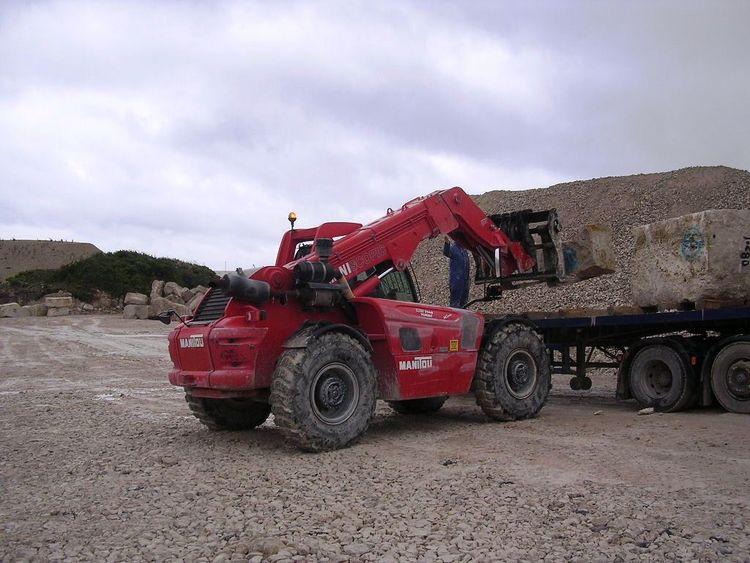 Manitou MHT7014 Diesel Telescopic Truck 14,000