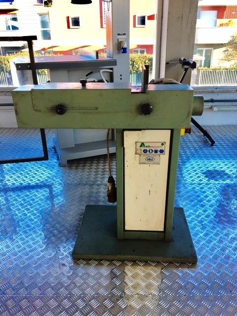 Aceti 17, Orientable belt grinding machine