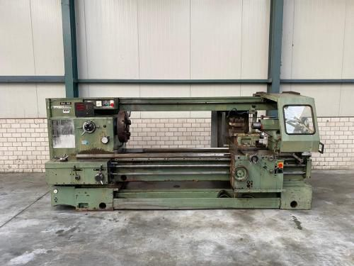 TOS Engine Lathe Variable SUI 80